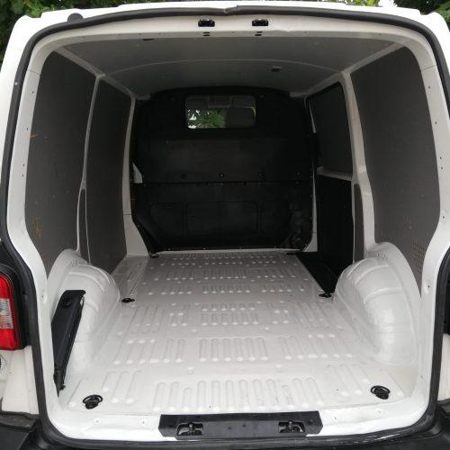 Mampara separadora en furgoneta camper